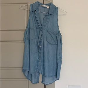 Chelsea and Violet Sleeveless Chambray Button Down